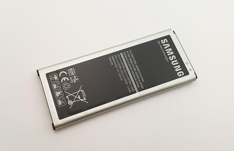 Là dòng sản phẩm chính hãng Samsung đảm bảo an toàn về chất lượng pin