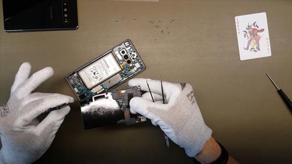 Hướng dẫn thay mạch sạc nhanh NFC Galaxy S10 tại Hà Nội-Tphcm